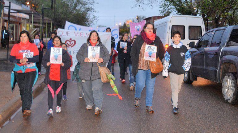 Rincón: marcharon por la restitución del pequeño Alexis