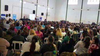 masiva capacitacion de esi para 600 docentes de toda la provincia