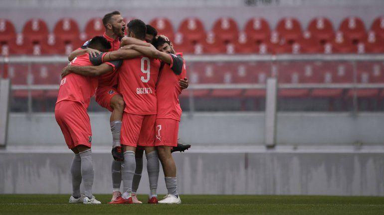 Independiente fue el Huracán en Avellaneda y ganó sin atenuantes