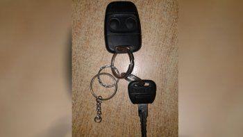 falso vendedor le llevo las llaves de su land rover