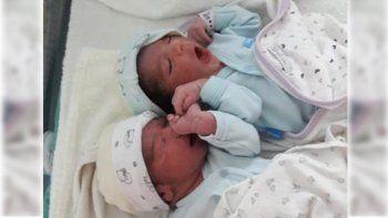 felipe y gaston, los primeros gemelos que nacieron en el hospital de villa la angostura