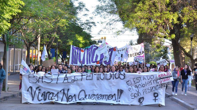 Por la emergencia nacional contra la violencia de género