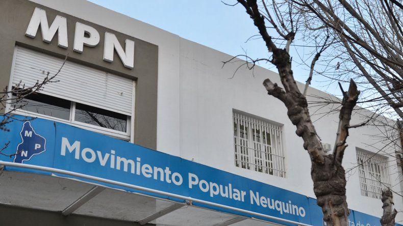 La Convención Provincial del MPN cruzó a Silvia Sapag