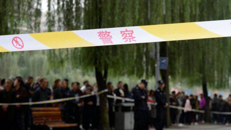 Horror en China: una mujer acuchilló a 14 nenes en una guardería