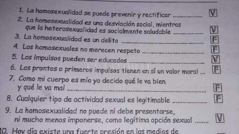 Docente repartió material homofóbico en escuela católica y desató la polémica