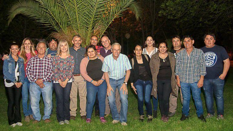 Leandro Bertoya se lanzó en El Chañar y quiere ser intendente