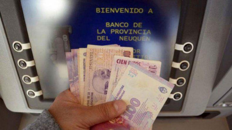 Por el feriado bancario del viernes, adelantan el pago a los municipales