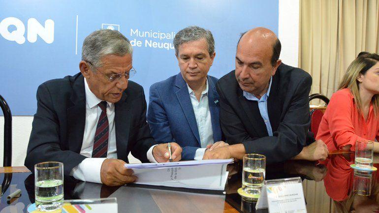 Quiroga destinará el 34% a obras