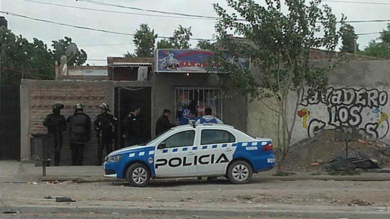 La policía busca a los delincuentes que asaltaron a obreros del Metrobús