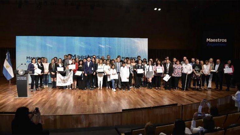 Premiaron a docentes de Cutral Co en los Maestros Argentinos 2018