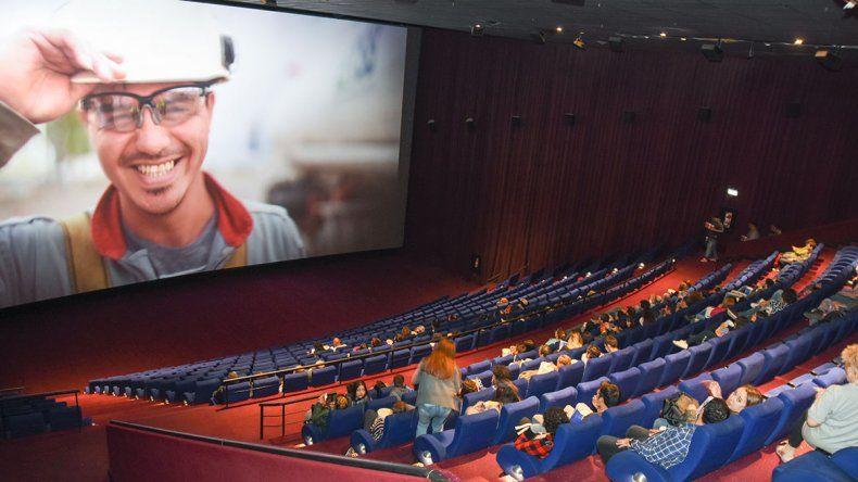 Fenómeno Vaca Muerta: La sala Monster es la que más entradas vende en todo el país