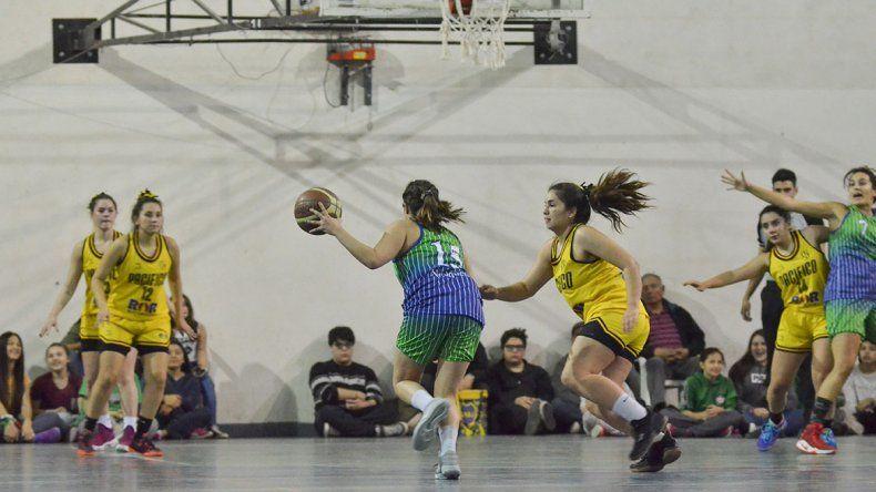 Audio y polémica por el arreglo de un partido en el básquet femenino