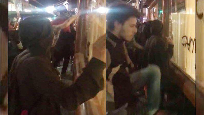 Veganos escracharon una pizzería y una parrilla en Buenos Aires