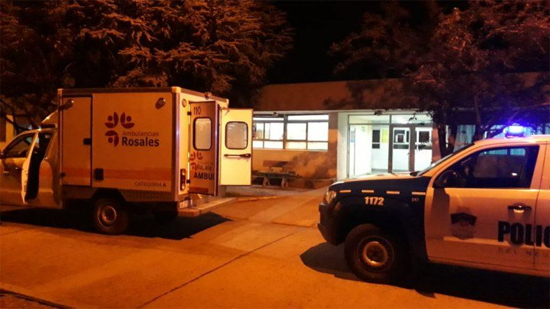 Tres heridos en un vuelco en el acceso a El Chocón