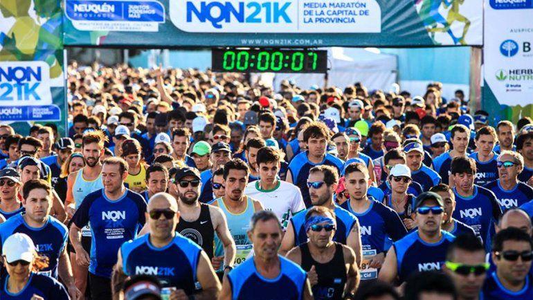 Miles de personas participaron de la NQN21K