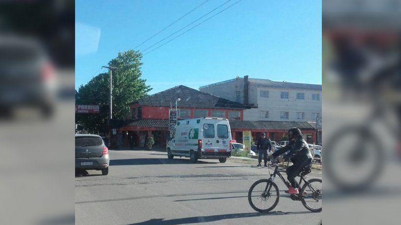 Un ciclista resultó herido tras un choque con un auto