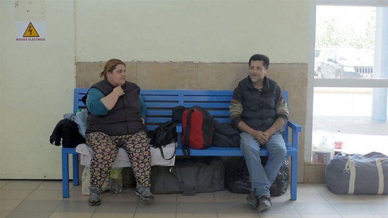 Desde la Muni aseguran que es inédito que haya gente viviendo en la Terminal