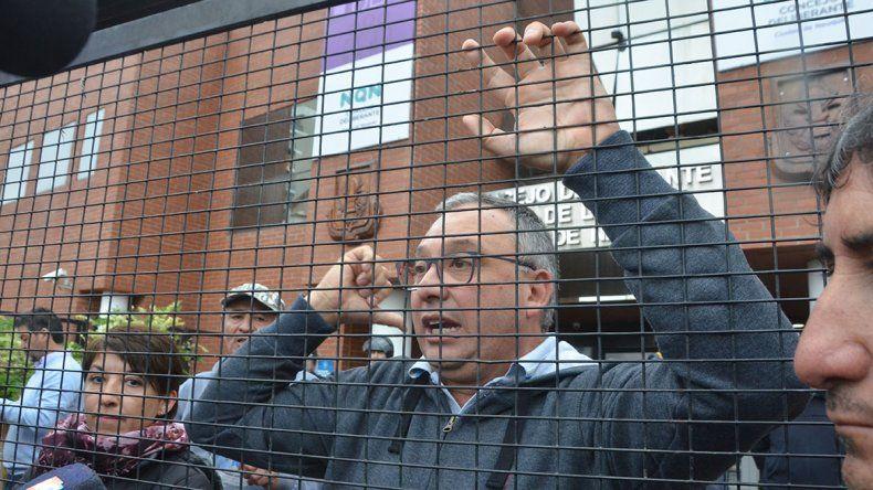 Dirigentes municipales, a juicio por un piquete