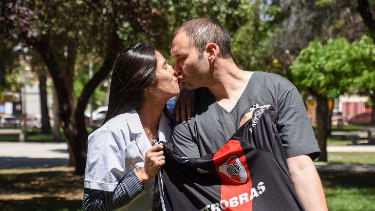 Se casan el día en que se define la Libertadores