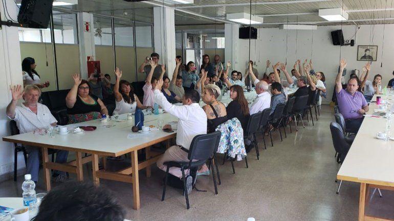 Igualdad: el Consejo Superior de la UNCo aprobó el cupo laboral trans