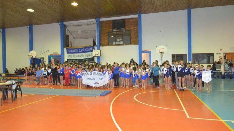 Con más de 500 estudiantes, comienza el INTERCEF en Villa La Angostura