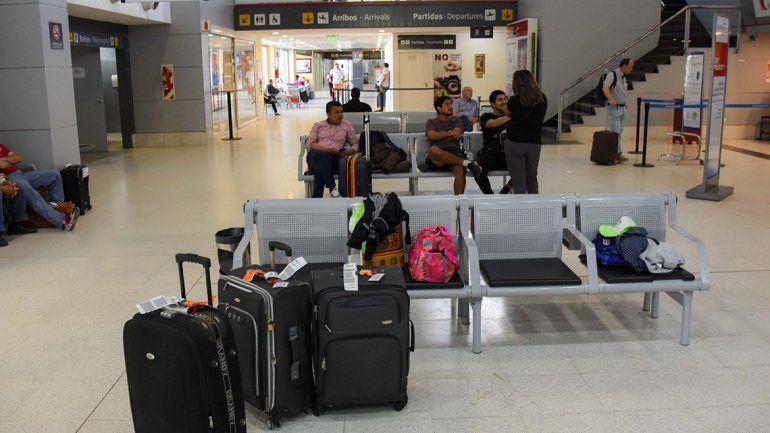 Doce vuelos desde y hacia Neuquén se ven afectados por la medida