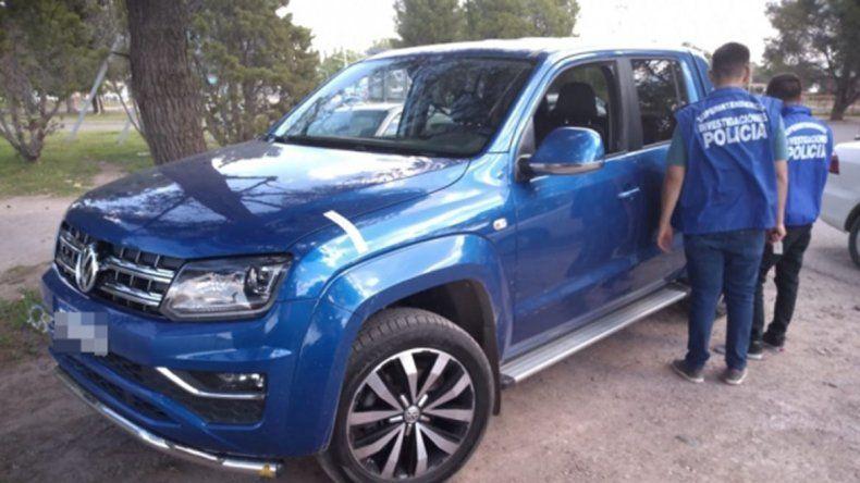 Dos hermanos gitanos cayeron por estafar a una mujer con la venta de una camioneta
