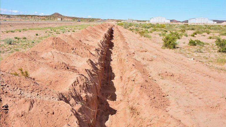 Instalan en Rincón más caños de agua por Vaca Muerta