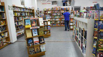 crisis que no es novela: la venta de libros cayo 30 por ciento