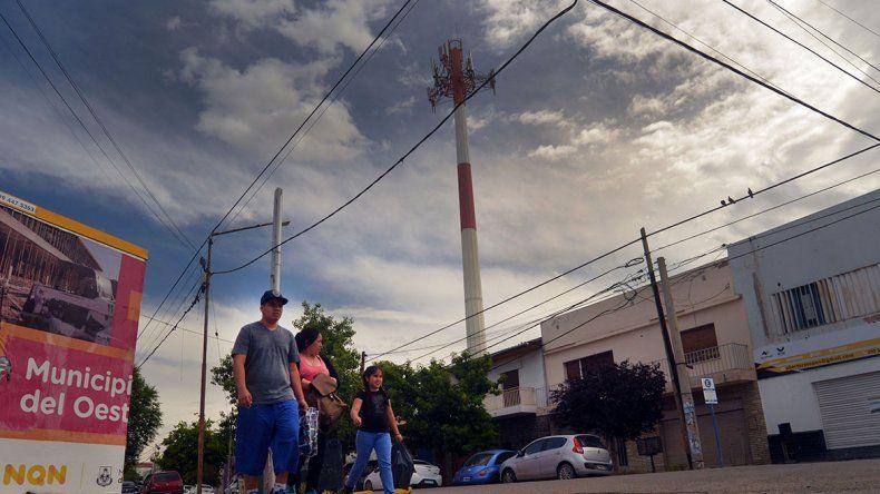 En alerta por los efectos de las antenas de celulares