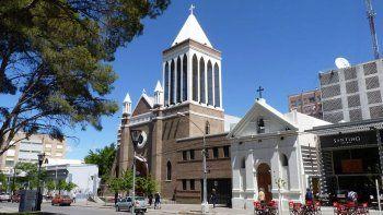 la catedral se hizo con un prestamo de la provincia