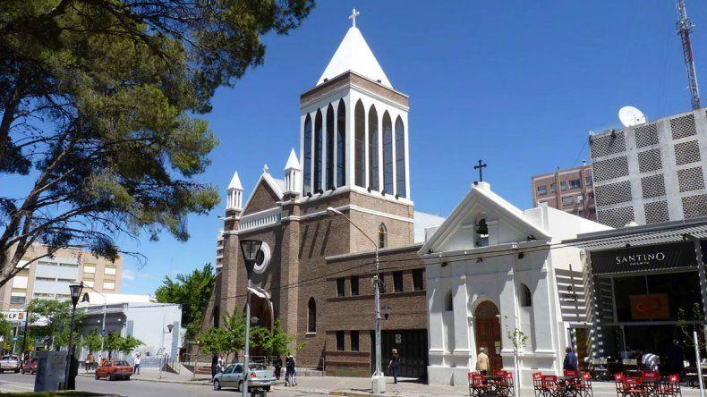 La catedral se hizo con un préstamo de la Provincia