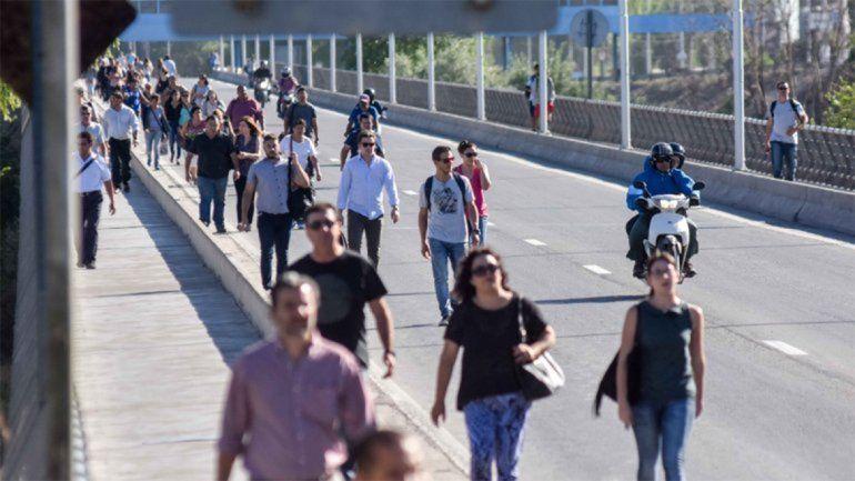 Miércoles complicado: conocé los cortes y las movilizaciones que afectarán al Alto Valle