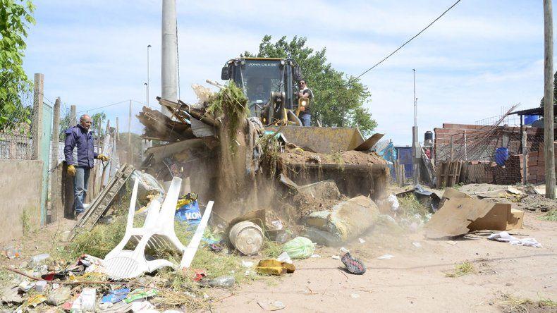 Comenzó el operativo de limpieza en Cuenca XV