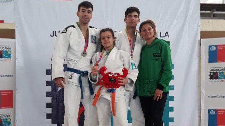 El judo es de oro y fútbol, vóley y básquet a semis