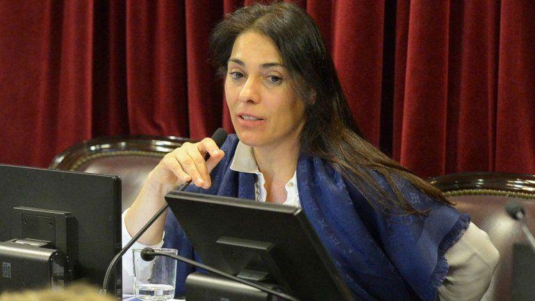 Crexell, la senadora que más viajó al exterior en 2018