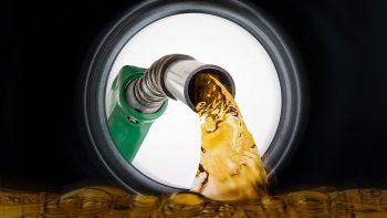 las naftas no subiran por la caida del brent y un dolar mas estable