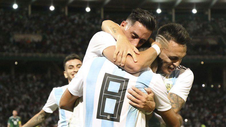 La Selección cumplió en Córdoba: le ganó 2 a 0 a México