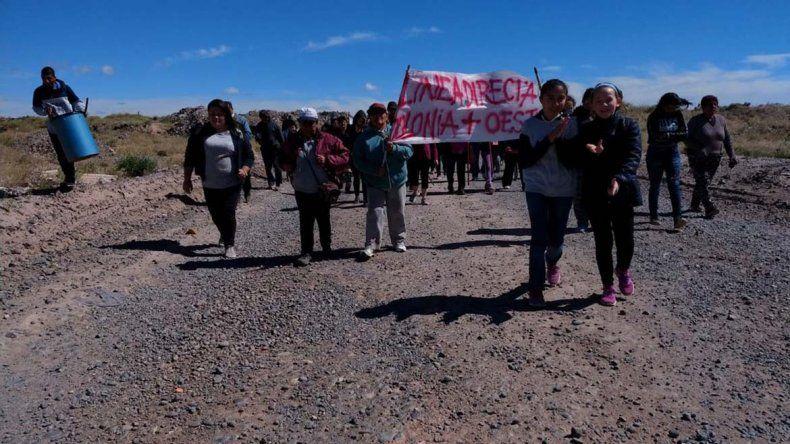 Vecinos piden un colectivo directo a la Colonia Rural Nueva Esperanza
