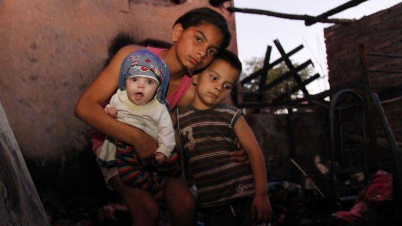 Heroína de 10 años salvó del fuego a sus tres hermanos