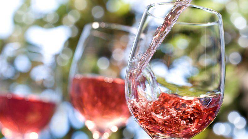 5 claves para saber con qué comidas va bien un vino rosado