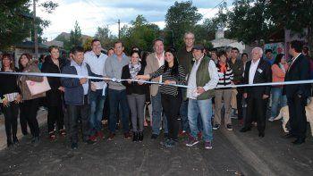 gutierrez visito chos malal e inauguro obras de asfalto