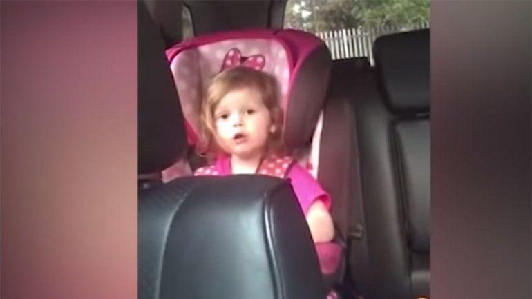 La interpretación de Bohemian Rhapsody de una nena de tres años que dio vuelta al mundo