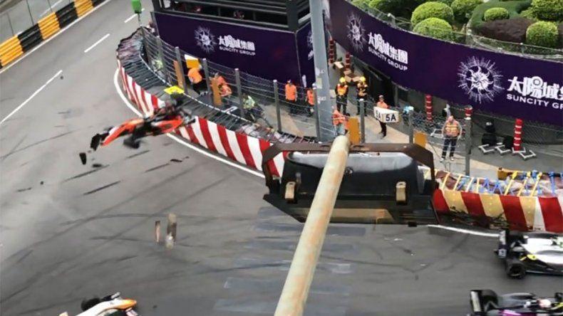El impresionante choque de la Fórmula 3 a 200 km/h que provocó cinco heridos