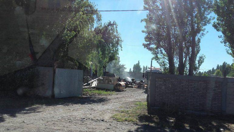 Se descontroló una quema en una empresa de combustibles