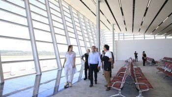el aeropuerto inaugurara obras a principios de enero