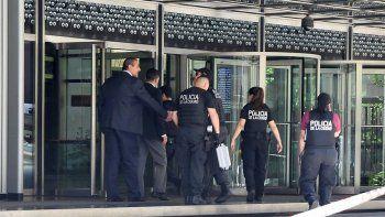 evacuan a 2000 personas por amenaza de bomba en banco