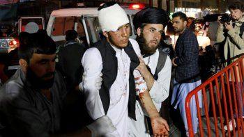 al menos 43 muertos por una bomba que exploto en kabul