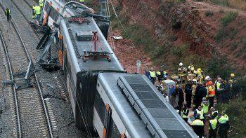 un muerto por un tren que descarrilo en la montana