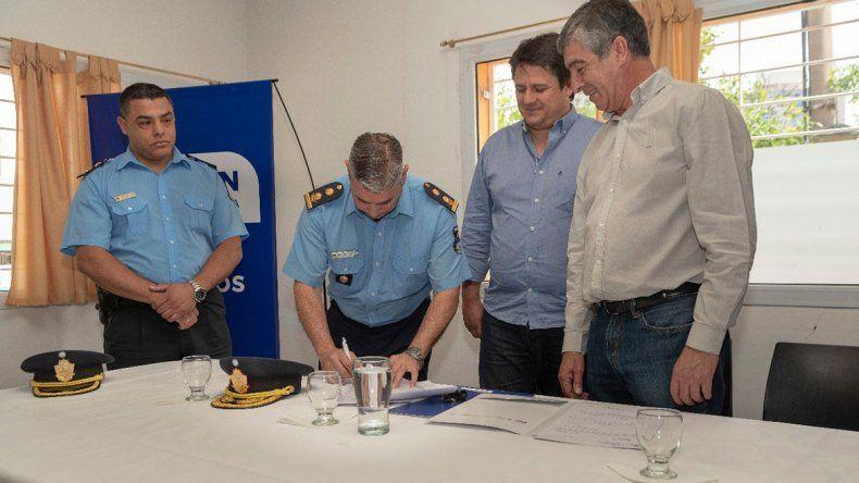 El IPVU cedió inmuebles a la Policía y a una comisión vecinal